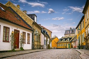 A,Street,With,Old,Buildings,In,The,Downtown,Of,Lund,